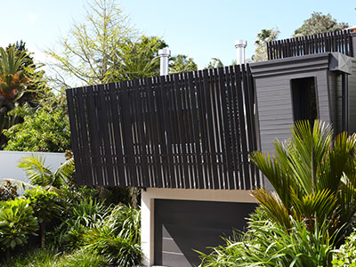 Auckland Home, Powerlouvres Help Direct Air Flow Inside