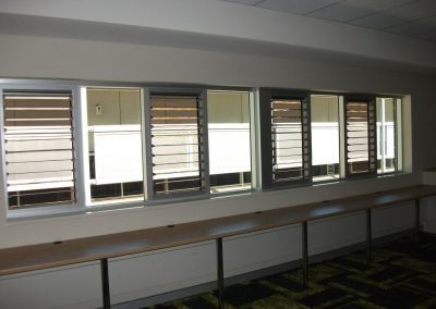A combination of louvre windows and fixed glass were used in this classroom