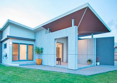 Inverted Abode, Easy Living Spacious New Home
