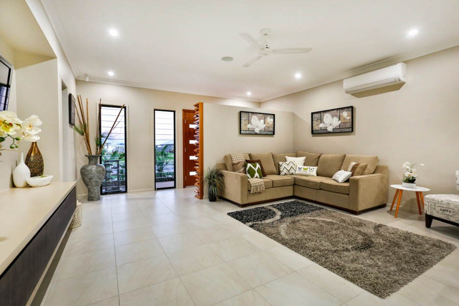 Oasis Townsville Tropical Home Design With Altair Louvre