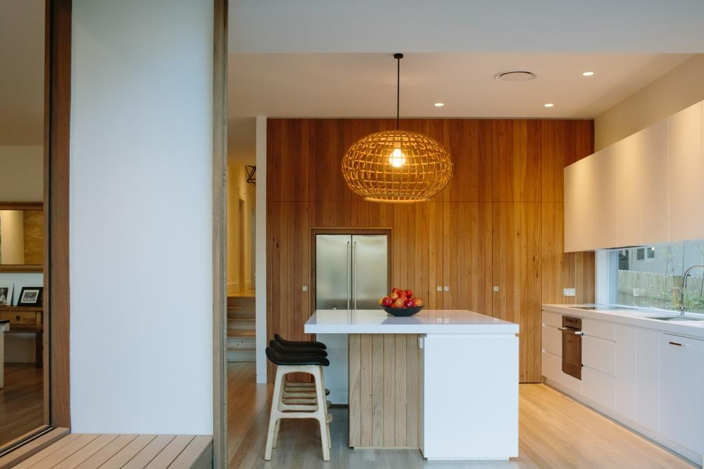 Kitchen Side View : Willoughby residence celebrates light warmth texture