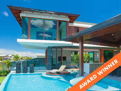Tropical House, Resort Style Capturing Sea Breezes