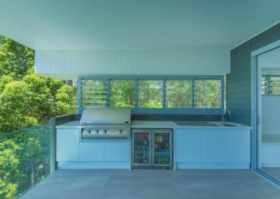 Outdoor kitchen with Breezway louvres