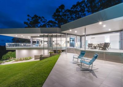 Outdoor perspective of buderim house with Breezway louvres