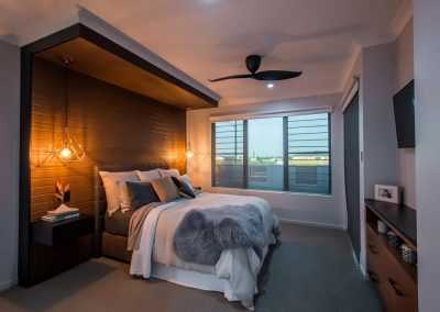 Breezway Louvres in the bedroom with flyscreens