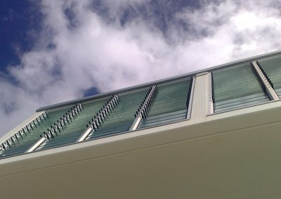 Floor to ceiling Breezway Louvres are ideal for occupant comfort in restaurants or hospitality function rooms