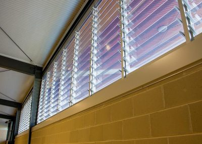Breezway Powerlouvres can be integrated into a BMS to control airflow and maintain a comfortable environment