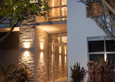Entrance of Greenhills Beach project using Breezway louvres