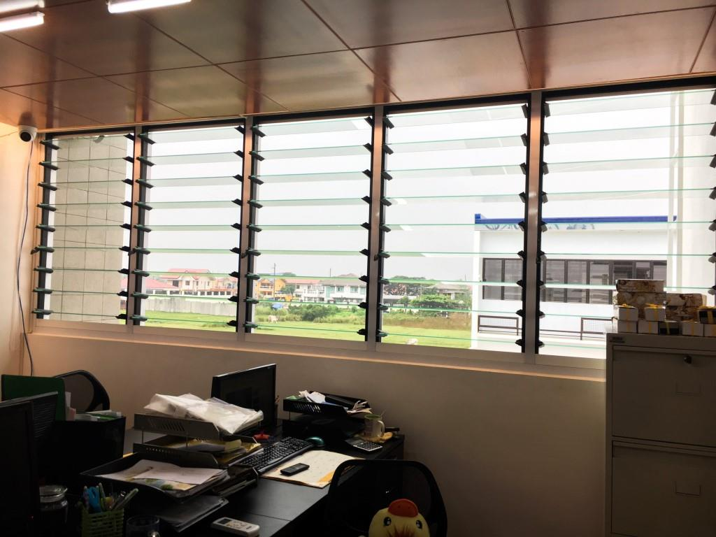 Breezway louvre windows reduce the need for air conditioning in office areas