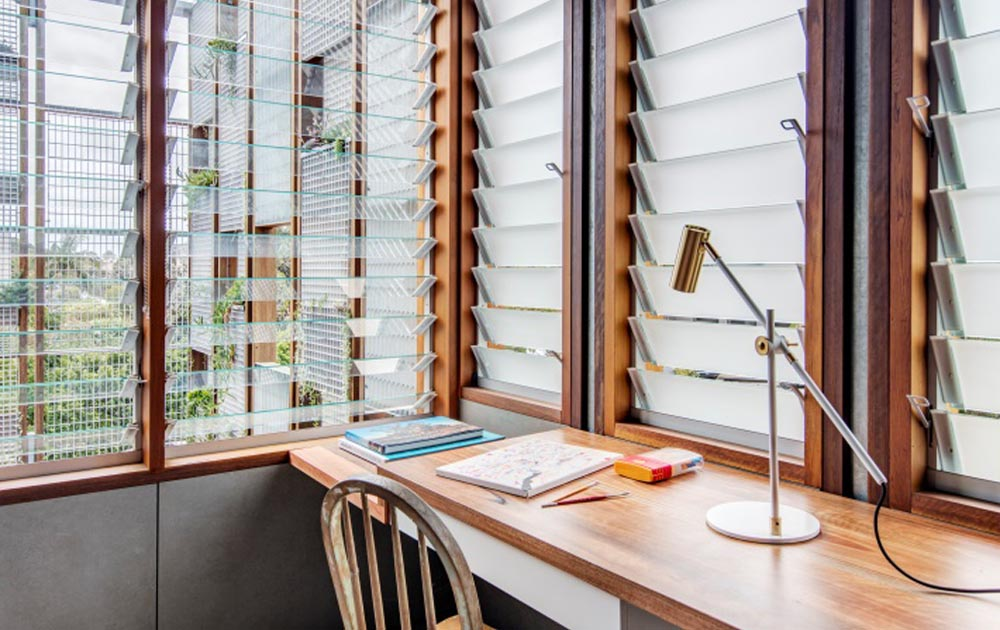 Study_with_breezway_louvres_in_North_Bondi_Residence