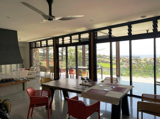 Kiama Residence Utilises Breezway Powerlouvre Windows for Natural Ventilation